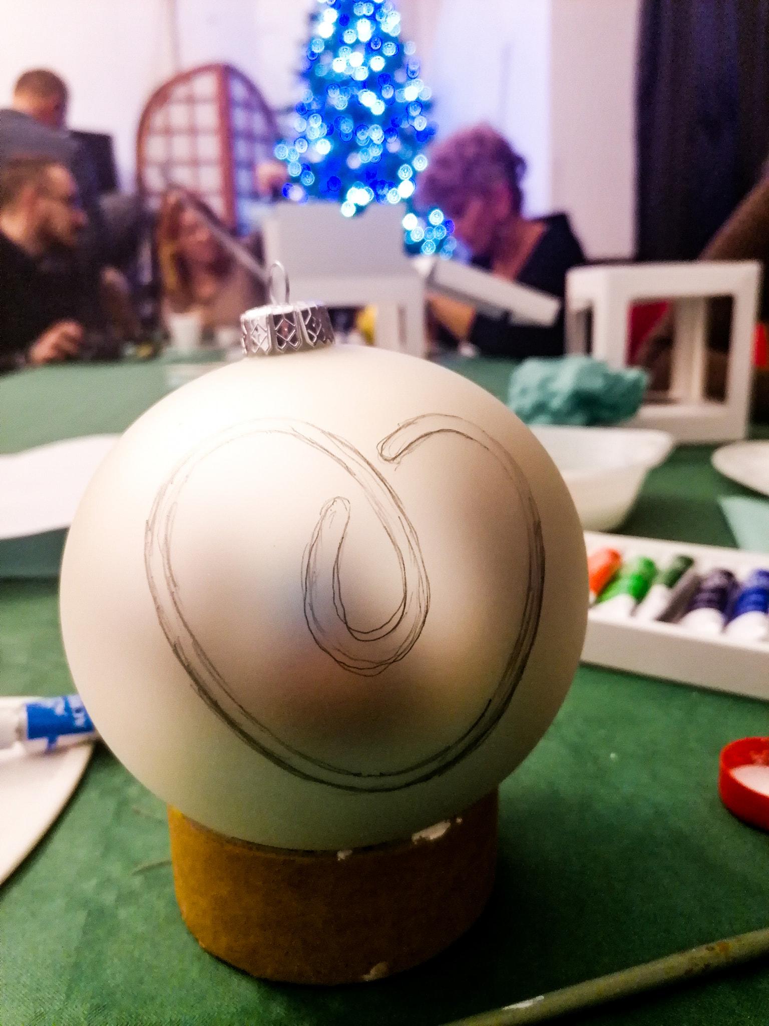 Malowaliśmy bombki dla Mariki!